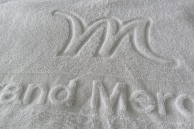 Jacquard Hotel Towel in White